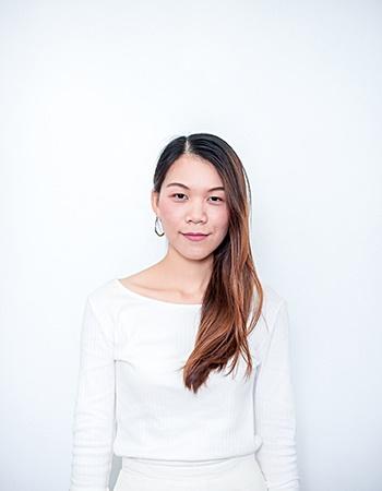 Miss Phakarat Leesakulthip